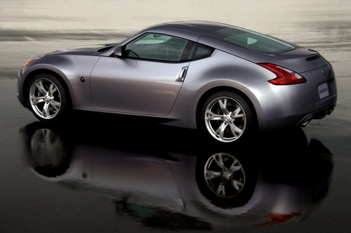 A picture named 2009_370Z_Rear__mid[1].jpg